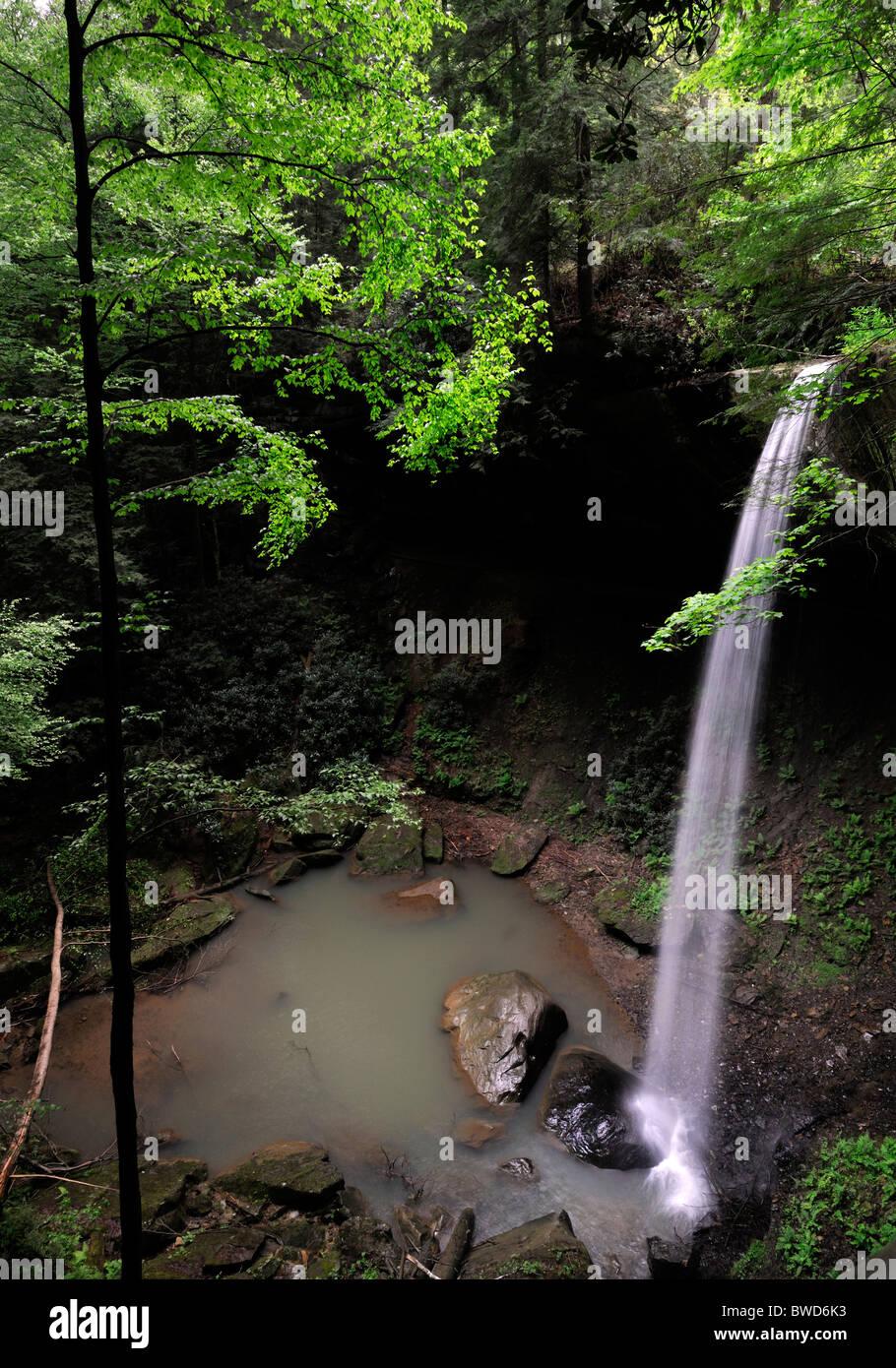 Broke leg broken leg falls waterfall Menifee county Kentucky USA - Stock Image