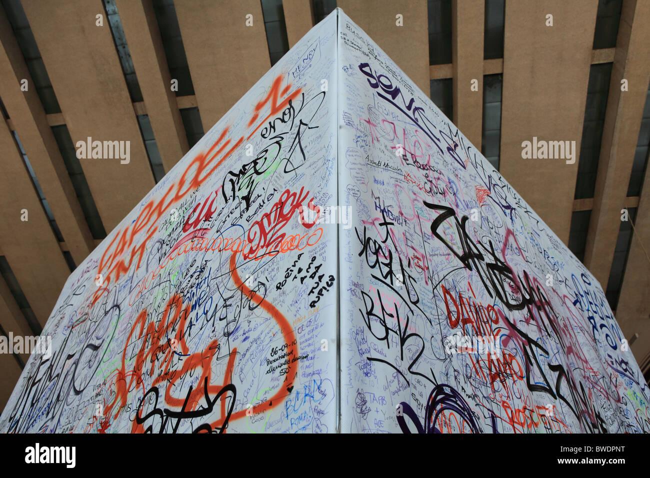 grafitti wall - Stock Image