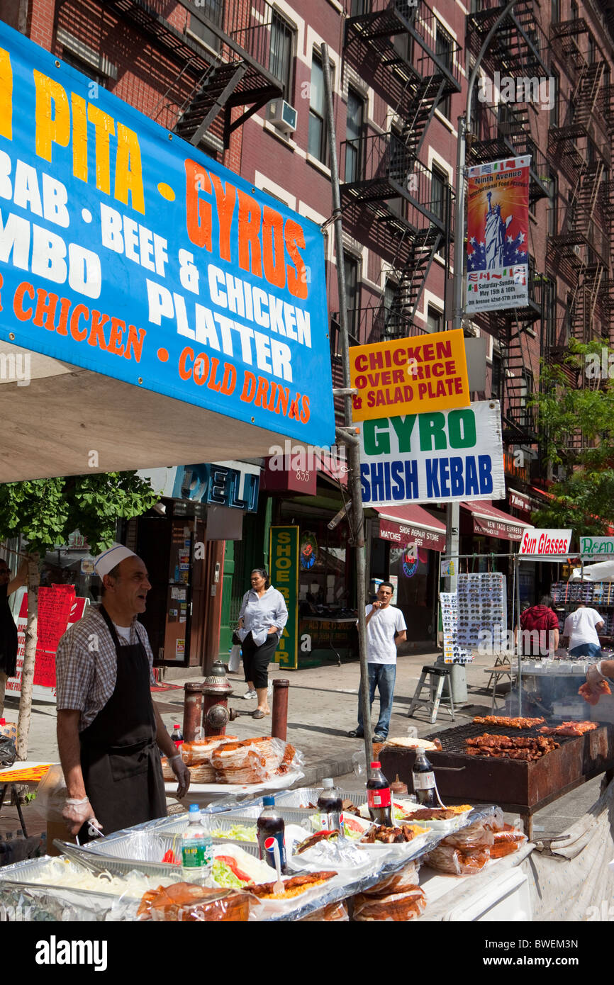 'Hell's Kitchen' 9th Avenue International Food Festival. - Stock Image