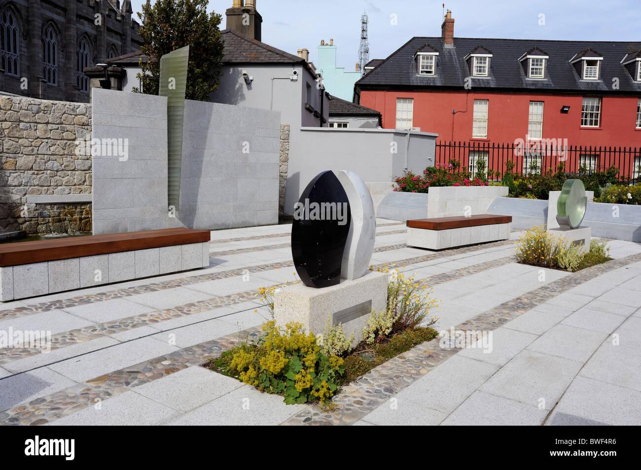 Garda Siochana Memorial Garden in Dublin Castle Gardens, Dublin city, Ireland Stock Photo