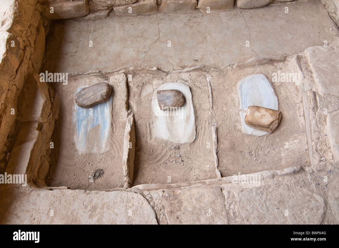 Stones to grind grain in Spruce Tree House, a cliff dwelling of the Ancestral Puebloans American Indians, Mesa Verde - Stock Image