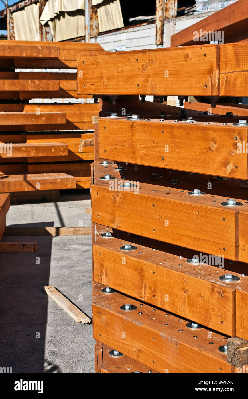 Stock of Glued laminated timber beam and Pillar pre - assembled - detail - Stock Image