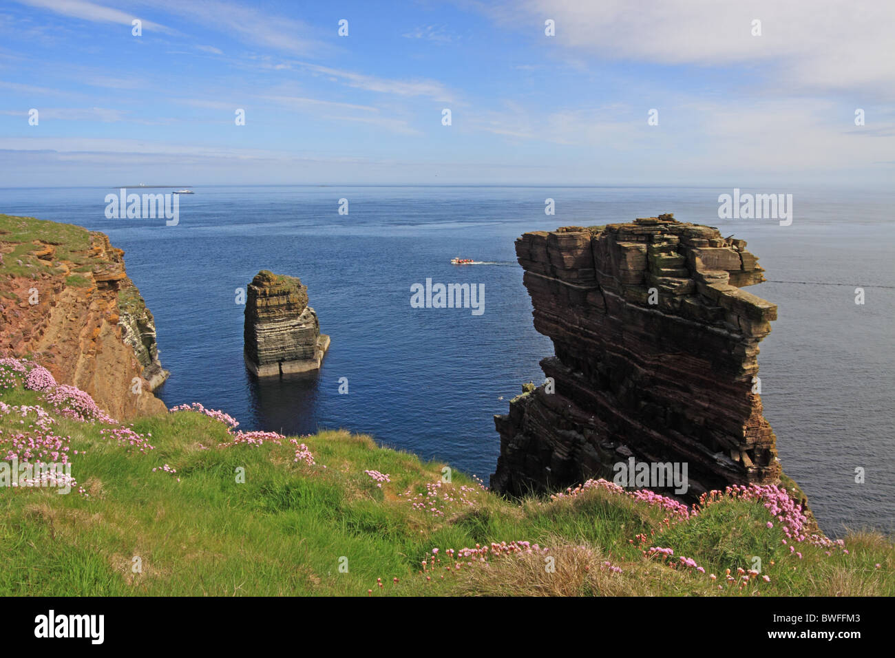 UK Scotland Highland Caithness The Pentland Firth and Rock Stack at Duncansbyhead - Stock Image