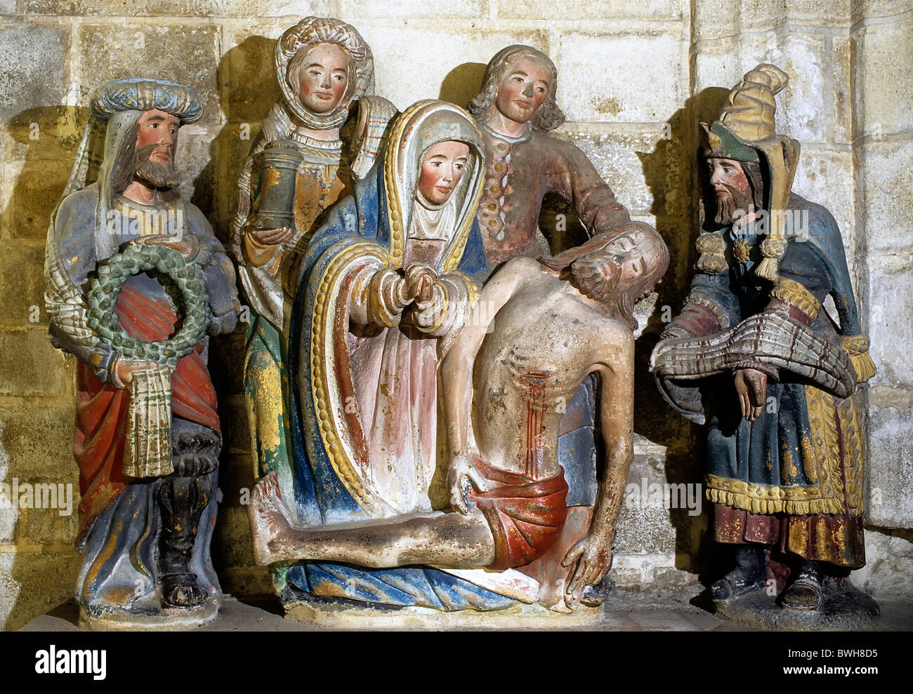 Entombment of Christ, carved sculptures, church of St. Roman, Locronan, Finistere, Brittany, France, Europe - Stock Image