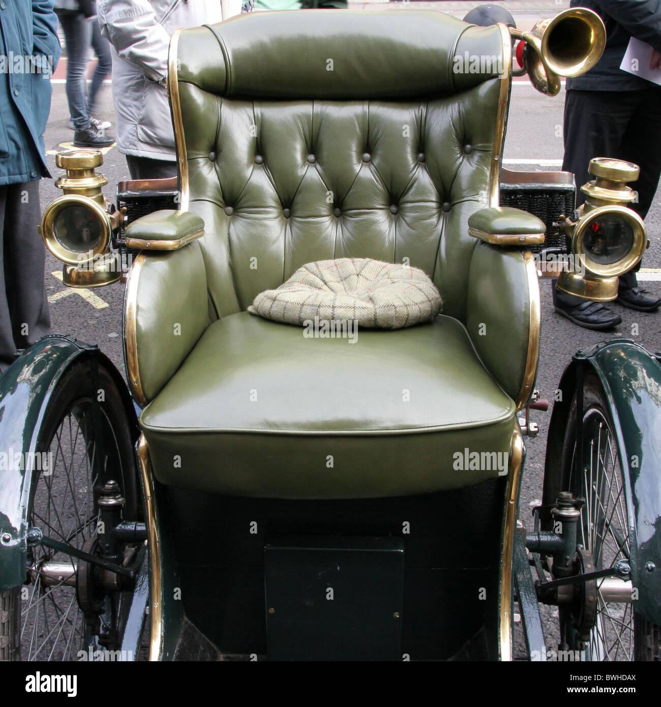 London to Brighton veteran cars on display in regent street. - Stock Image
