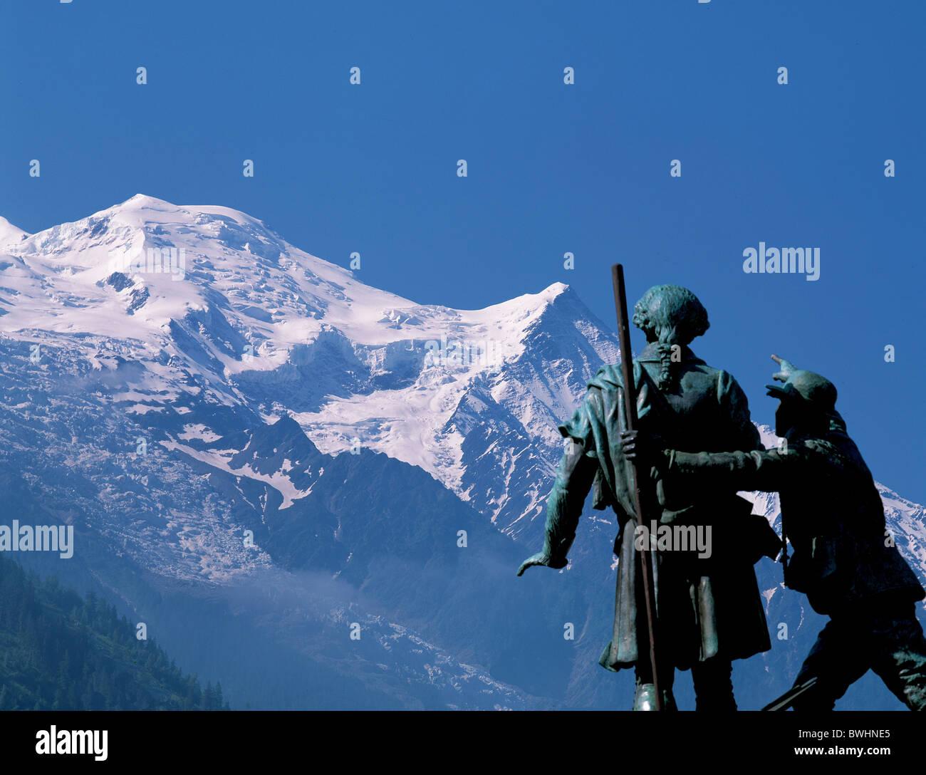 France Europe Chamonix Montblanc Horace-Benedict de Saussure monument sculpture mountains alps - Stock Image
