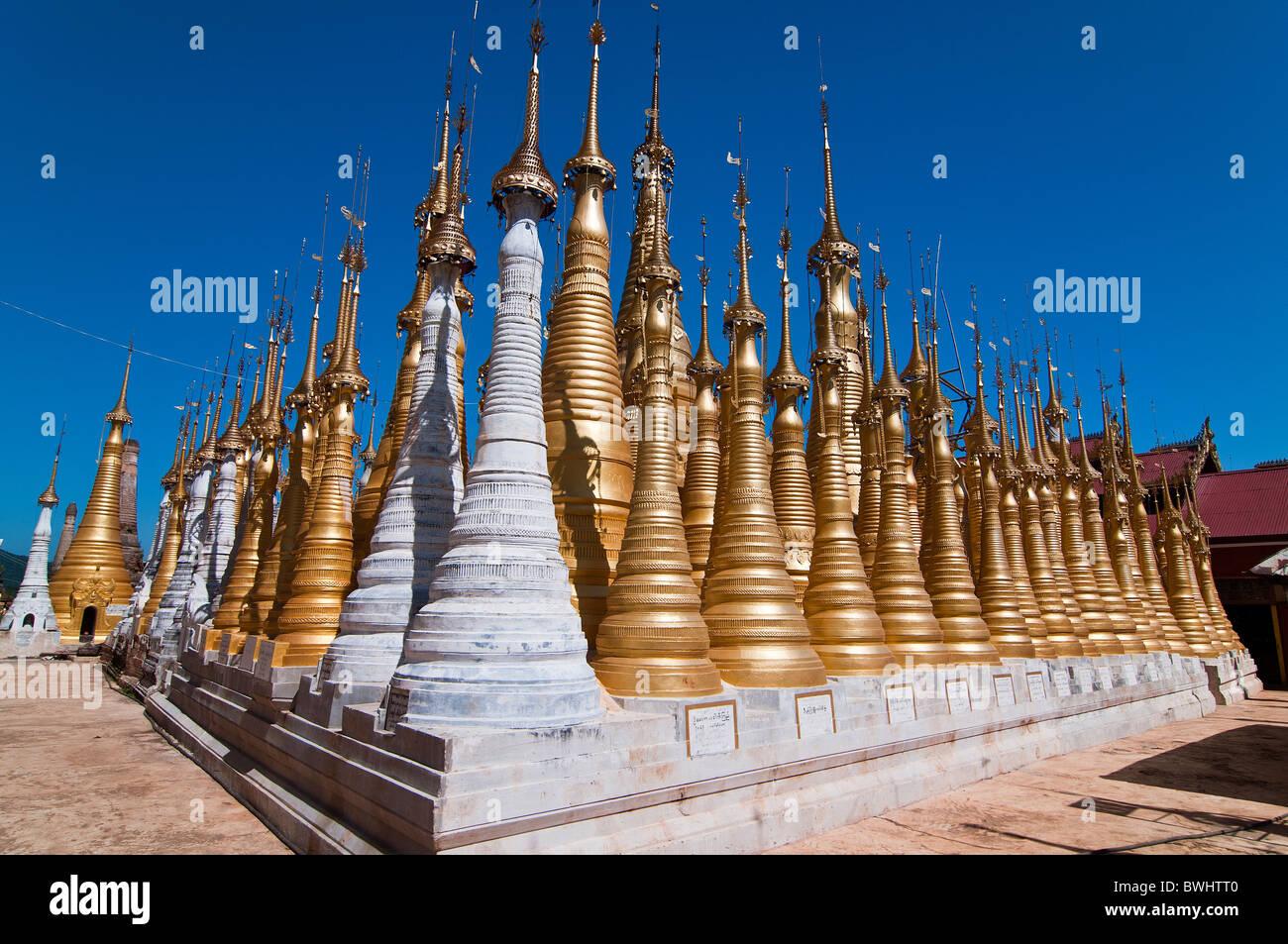 Golden stupas, Shwe Inn Thein Paya, Inthein, Inle Lake, Myanmar - Stock Image