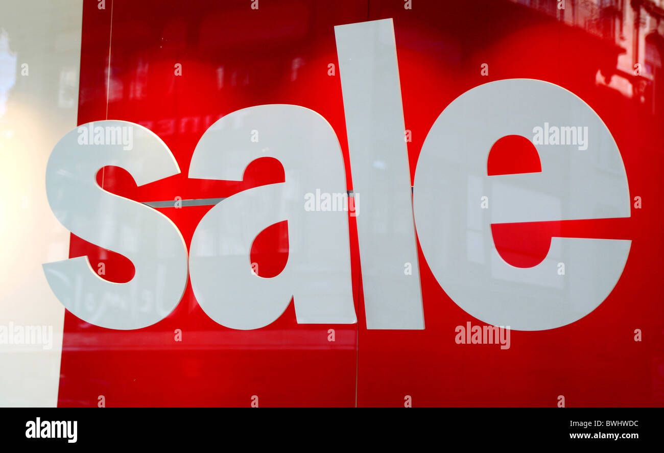 Sale summer end sales final sales summer end sales winter sale display window sales sell more cheap cheap mo - Stock Image