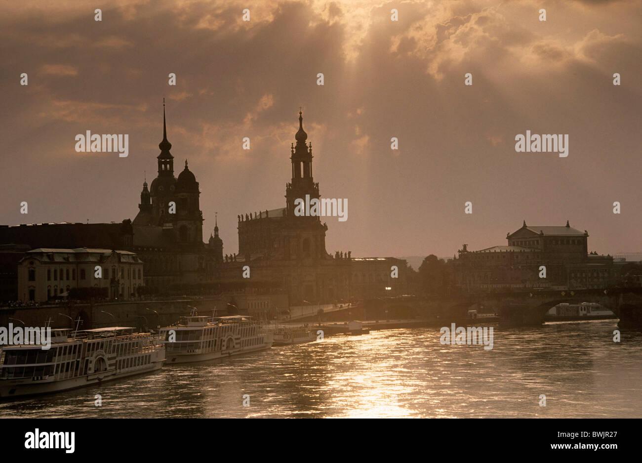 Gewaltig Skyline Dresden Referenz Von Europe, Germany, Saxony, Dresden, Of With Bruehlsche