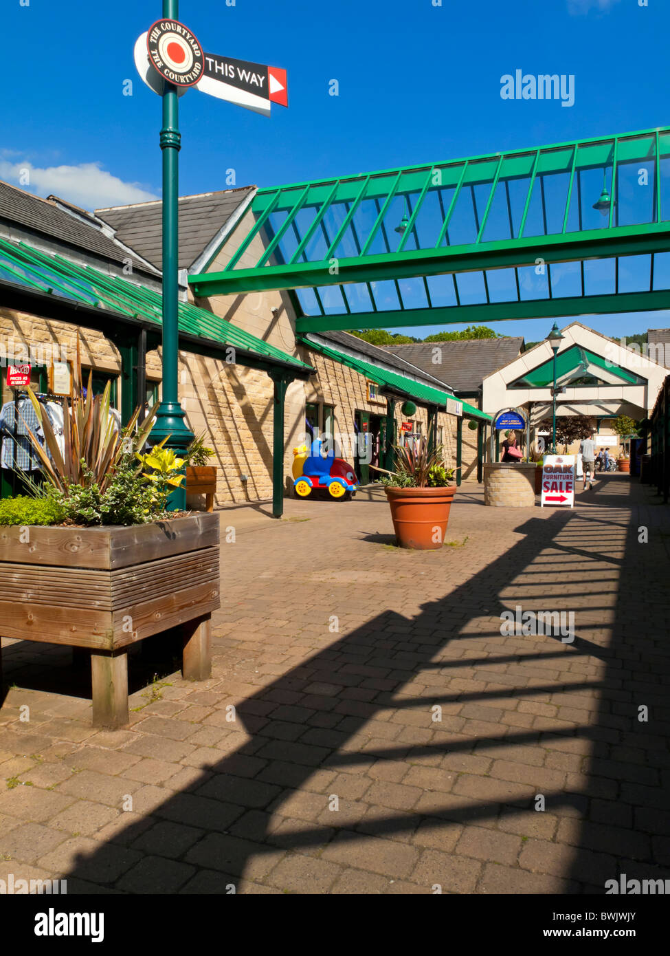 on sale 68560 4094f Peak Village Outlet Shopping Centre at Rowsley near Matlock ...