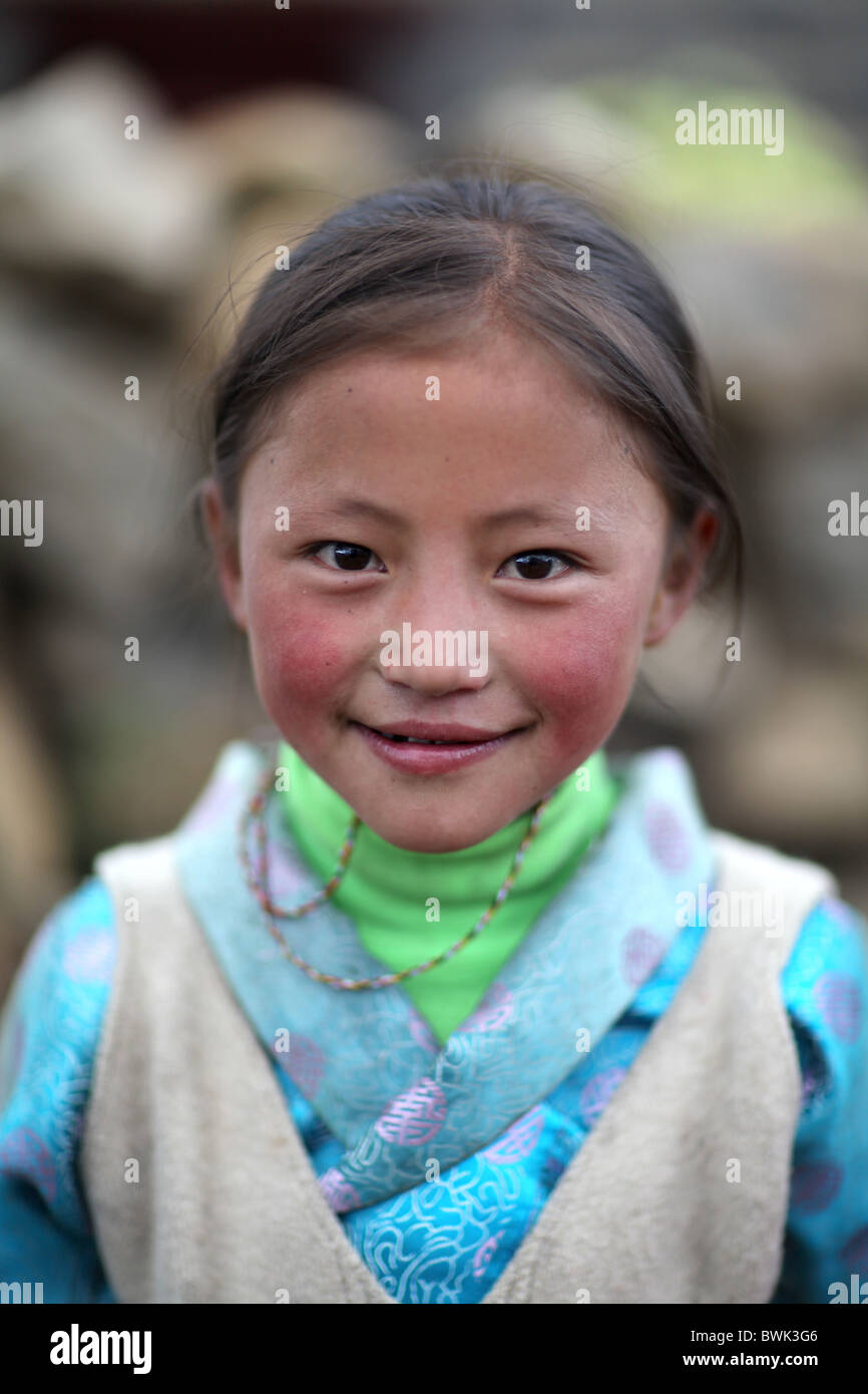 A young tibentan girl in Litang, Sichuan province, southwest China - Stock Image