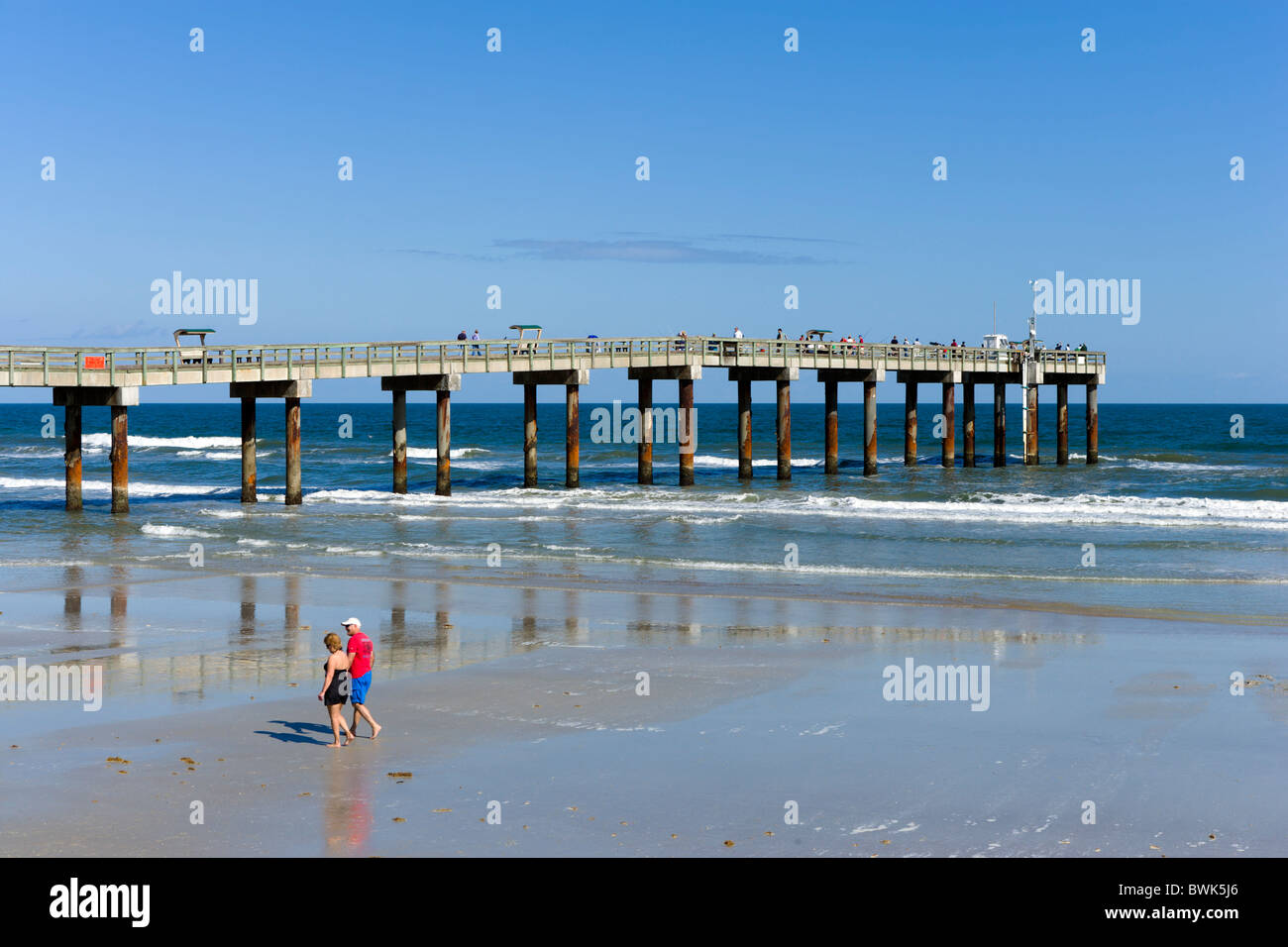 Fishing Pier at St Augustine Beach, Anastasia Island, St Augustine, Florida, USA - Stock Image