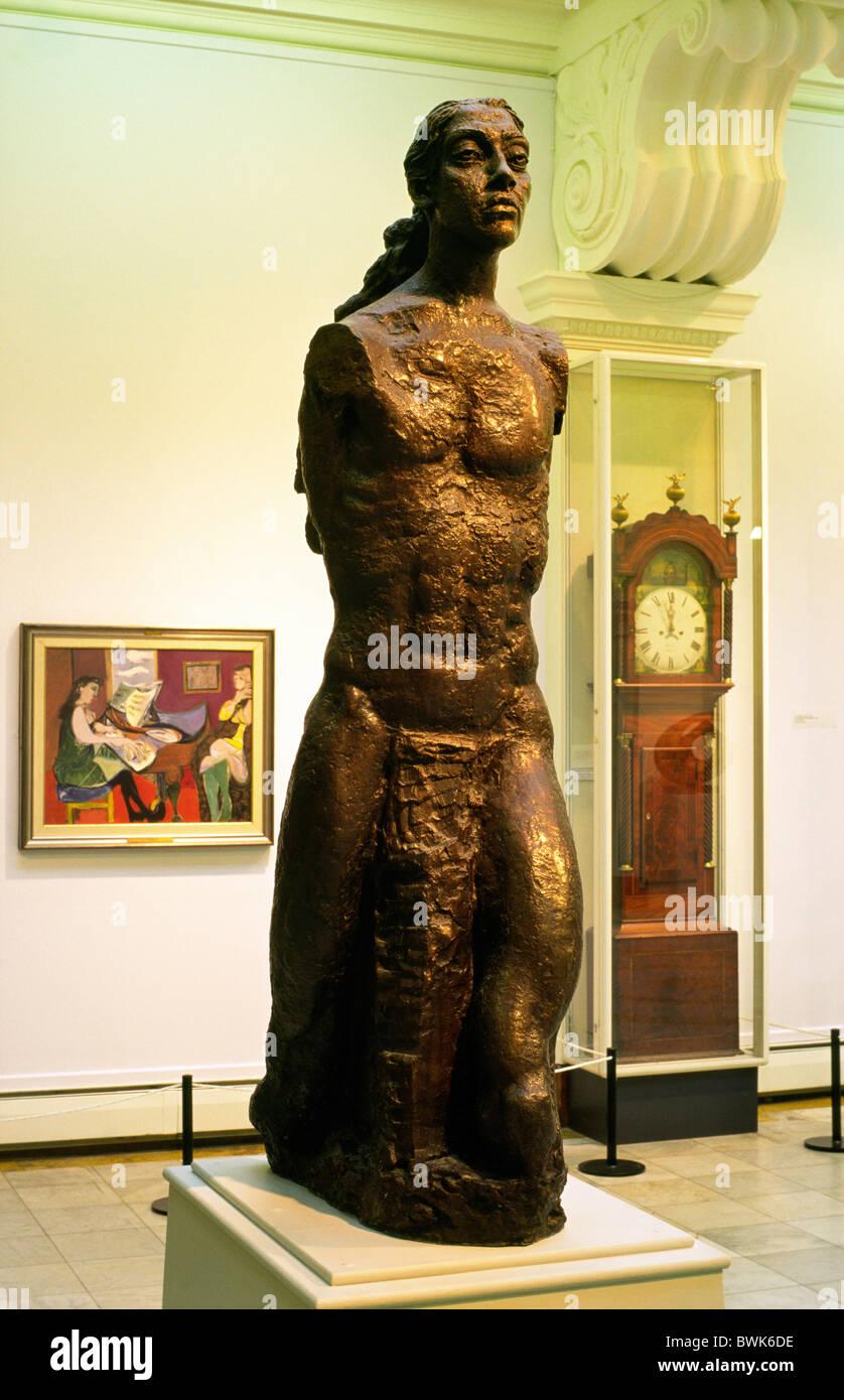 Glynn Vivian Art Gallery, Swansea, Wales, UK. Interior showing Angel Torso, a bronze statue by Jacob Epstein - Stock Image