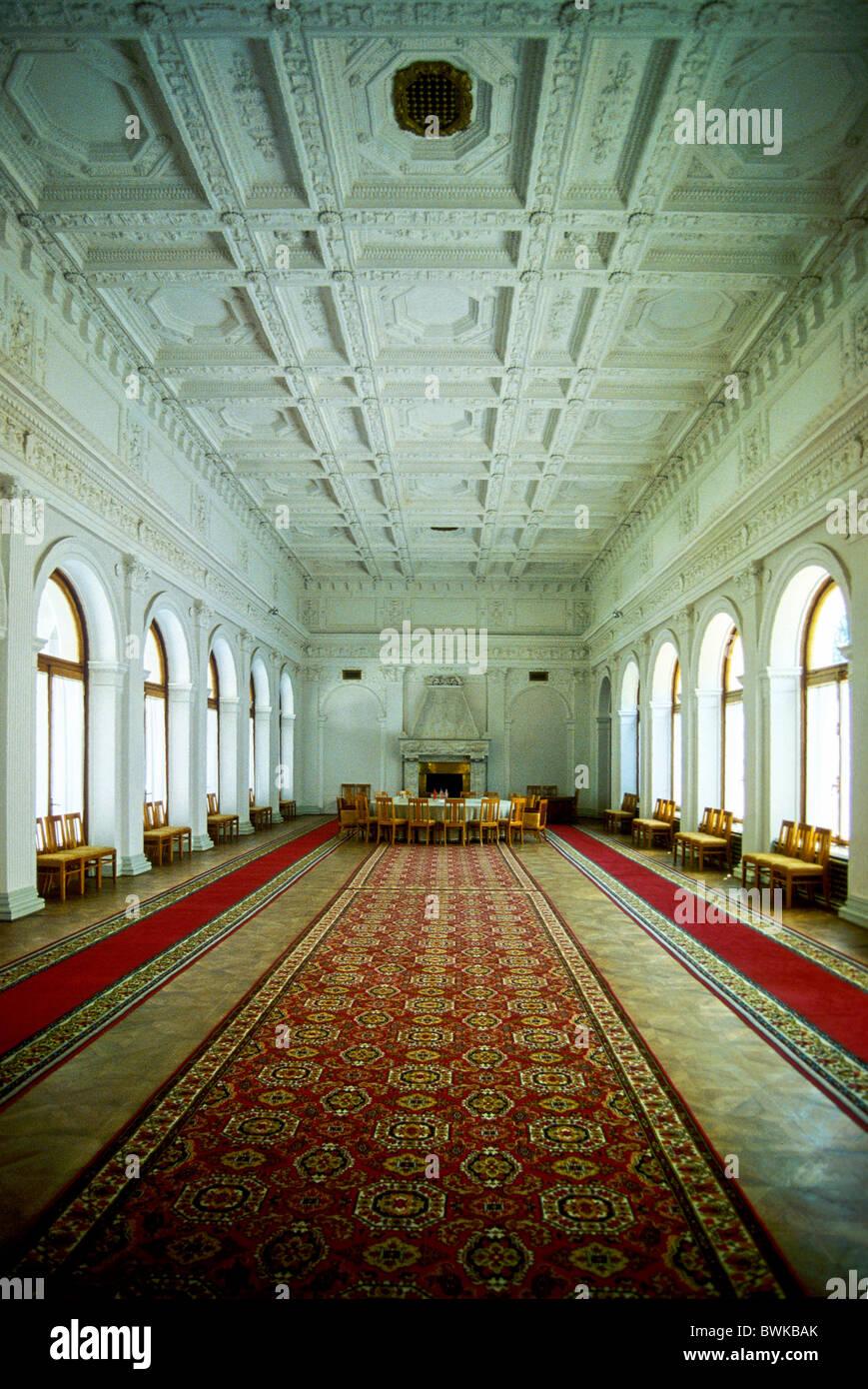 Ukraine Crimea Yalta Jalta Liwadija palace inside hall carpets wall hangings architecture conference blank - Stock Image
