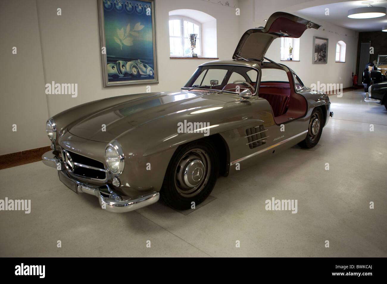Vintage Mercedes 300 SL Gullwing