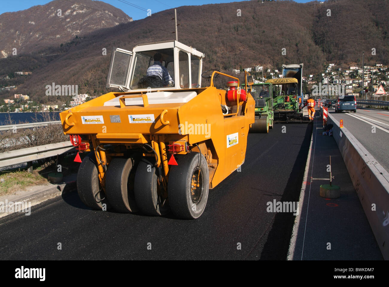 paving asphalt renewal innovation machine construction machine building site worker construction street tran stock image