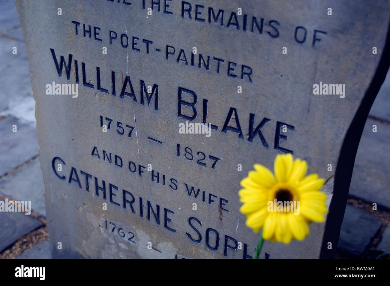 UK London William Blake Tombstone Bunhill Fields Cemetery Clerkenwell Great Britain Europe England grave gra - Stock Image