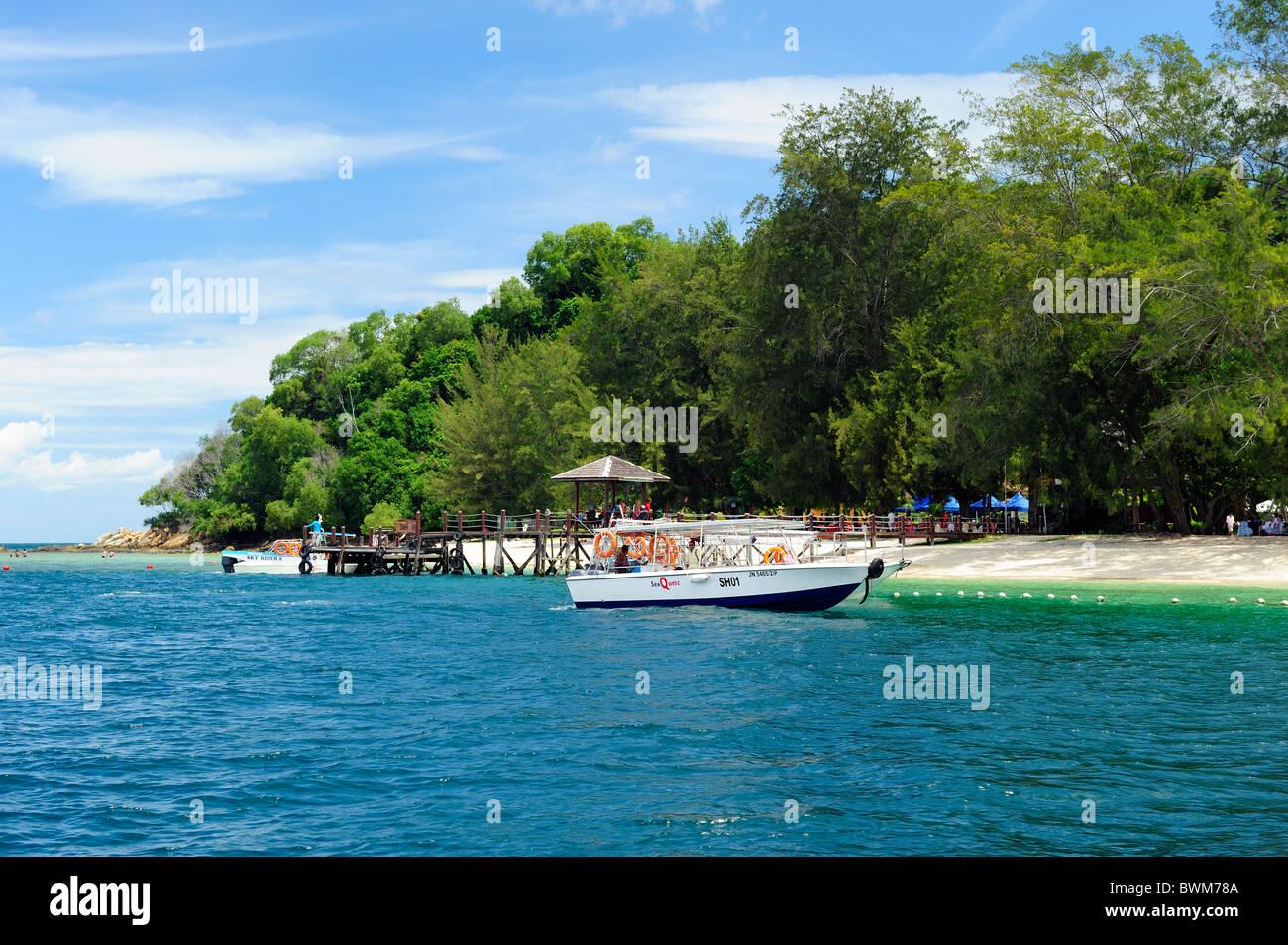 Manukan Island - part of the Tunku Abdul Rahman Marine Park, Kota Kinabalu, Sabah - Stock Image