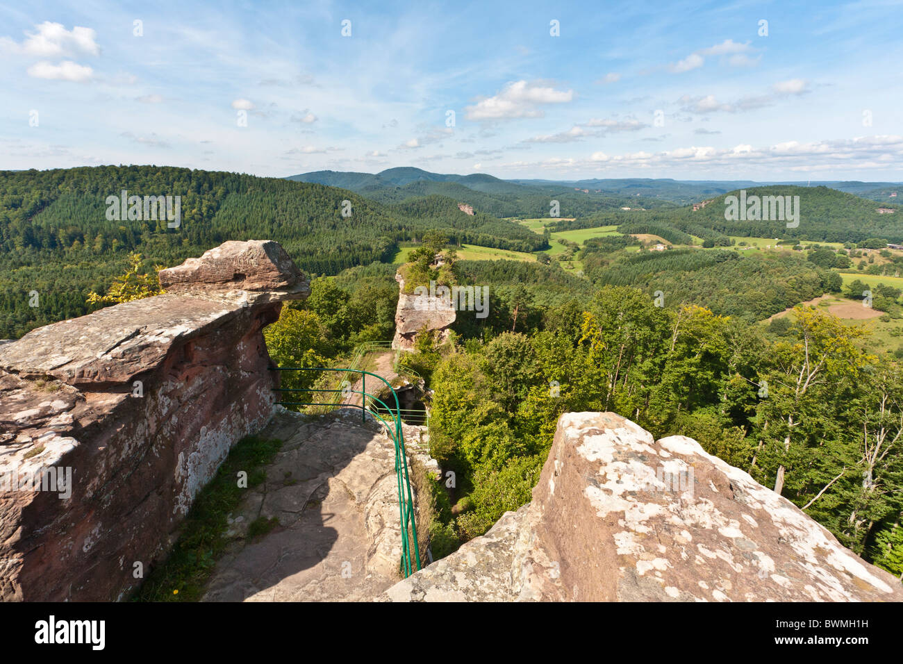DRACHENFELS RUIN, DAHNER FELSENLAND, PFALZ FOREST, PFALZ, RHINELAND-PALATINATE, GERMANY Stock Photo