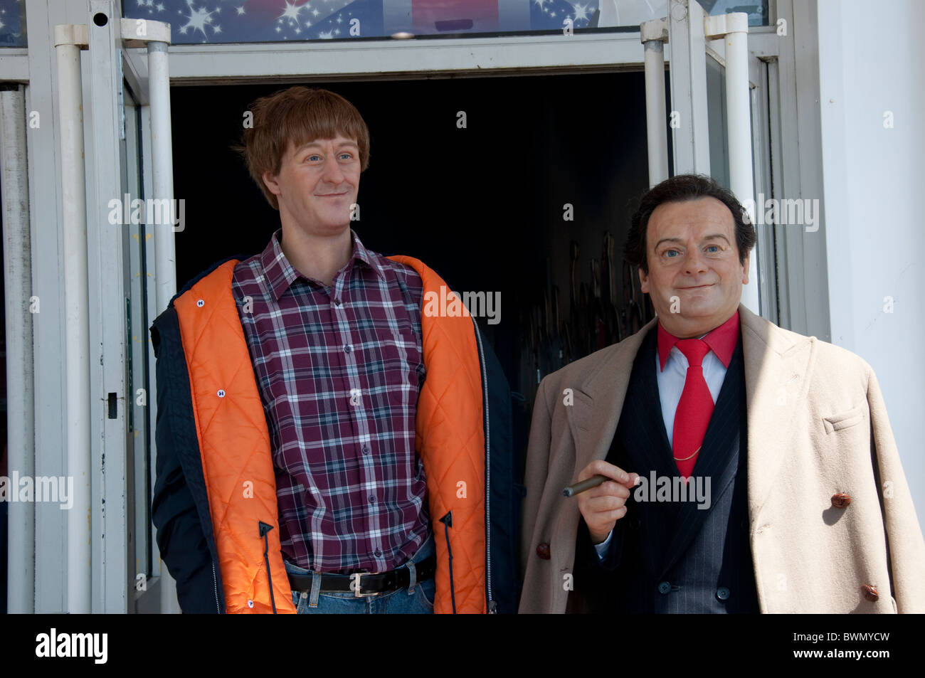 Only Fools and Horses Rodney and Del Bay wax figures in Blackpool on the coast of Lancashire in Northern England - Stock Image