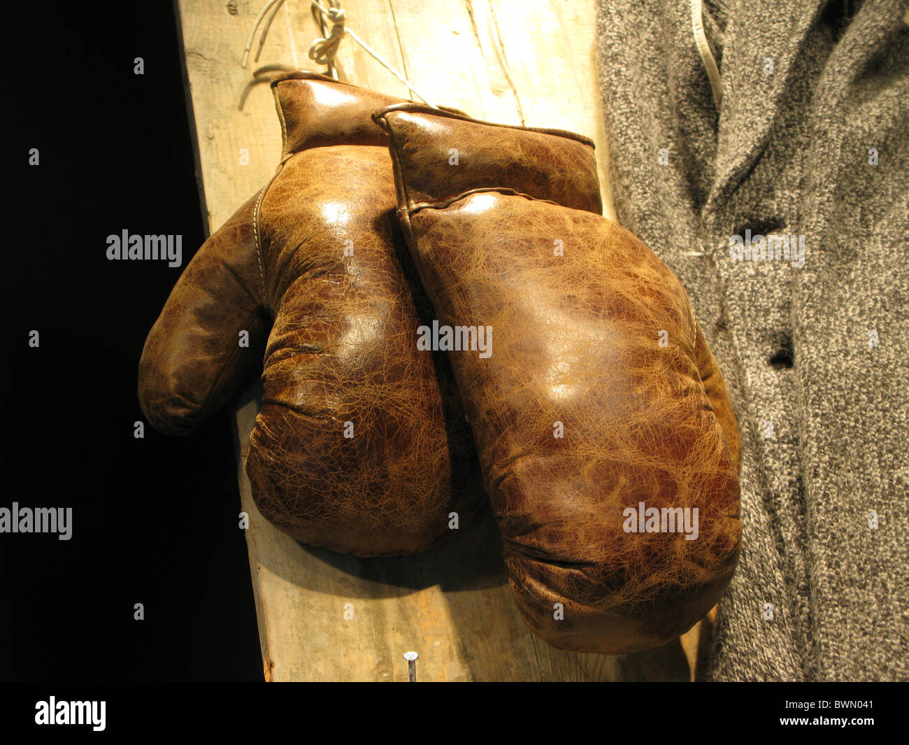 old boxing gloves - Stock Image