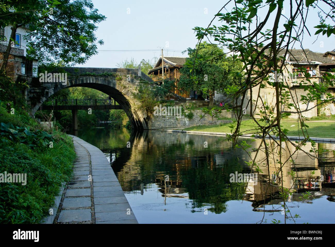 Longevity Bridge, Daxu ancient town, Guangxi, China - Stock Image