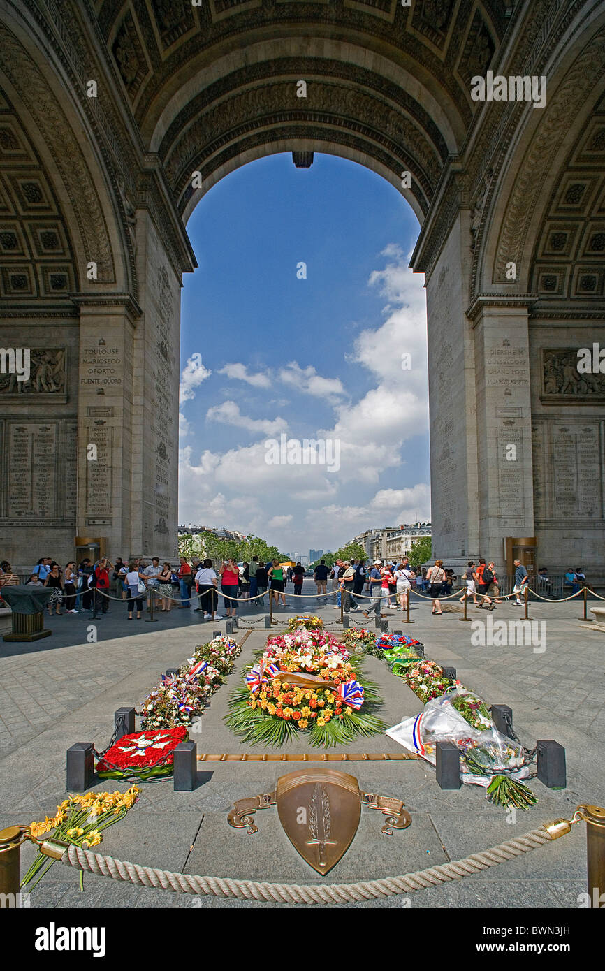 Arc Europe Ltd >> France Europe Paris city Arc de Triomphe Triumphal arch memorial Stock Photo: 33040633 - Alamy
