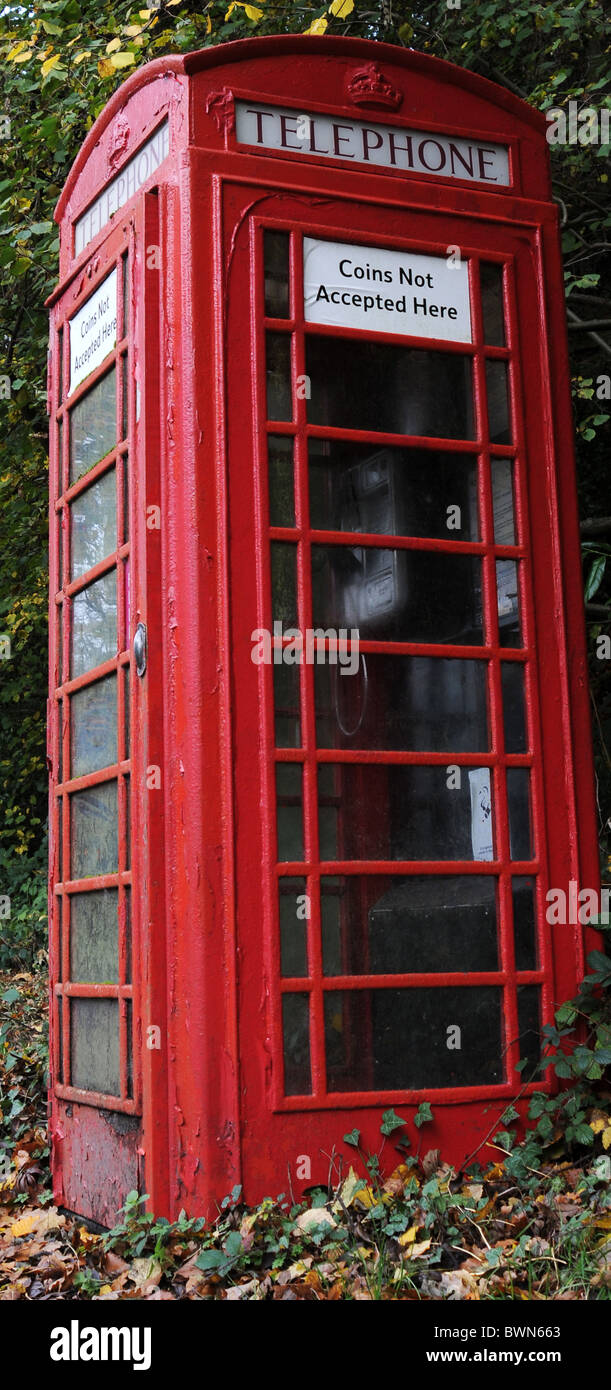 Old Metal British Red Telephone Kiosk Box UK - Stock Image