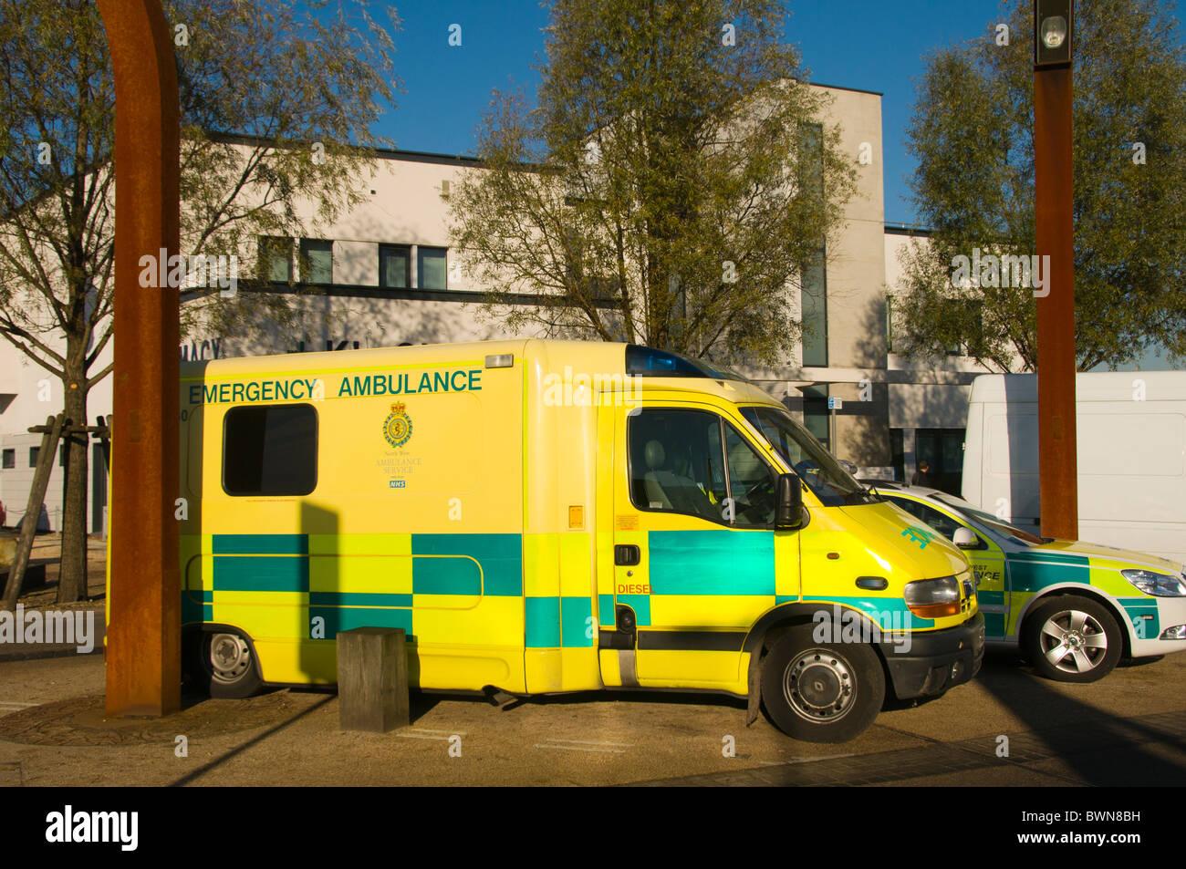 Emergency ambulance outside Ancoats Primary Care Centre, New Islington, Manchester, England, UK - Stock Image