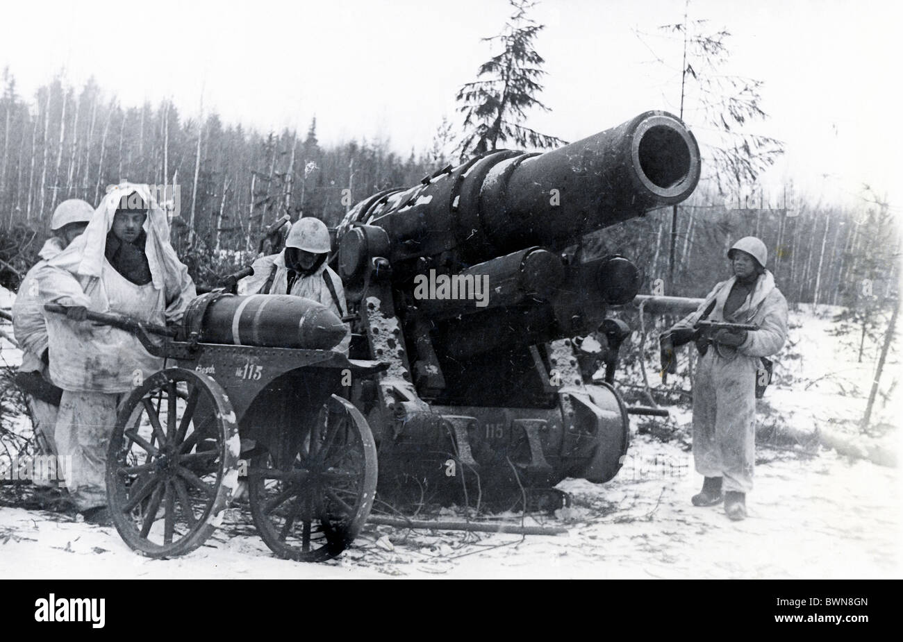 Soviet soldiers Siege of Leningrad 1943 history historical historic Second World War World War II WW2 Saint P - Stock Image