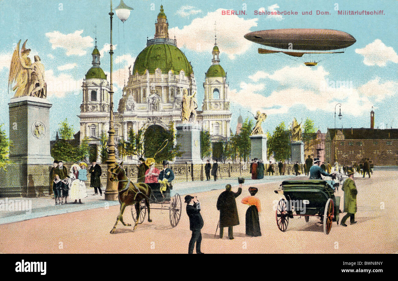Berlin Schlossbrucke Dom near 1915 history historical historic Germany Europe German Empire Zeppelin Airshi - Stock Image