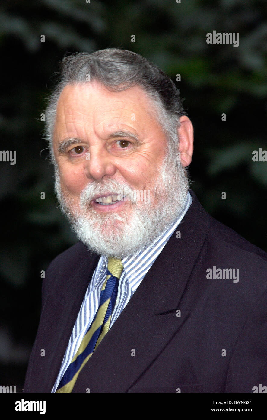 Celebrities party in fashionable Chelsea - Sir Terry Waite, former Beirut hostage. - Stock Image