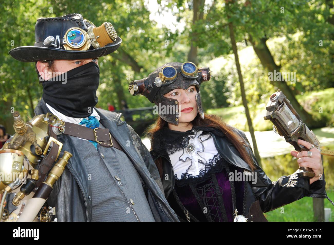 steampunk couple at 2010 Fantasy Fair Arcen Netherlands - Stock Image