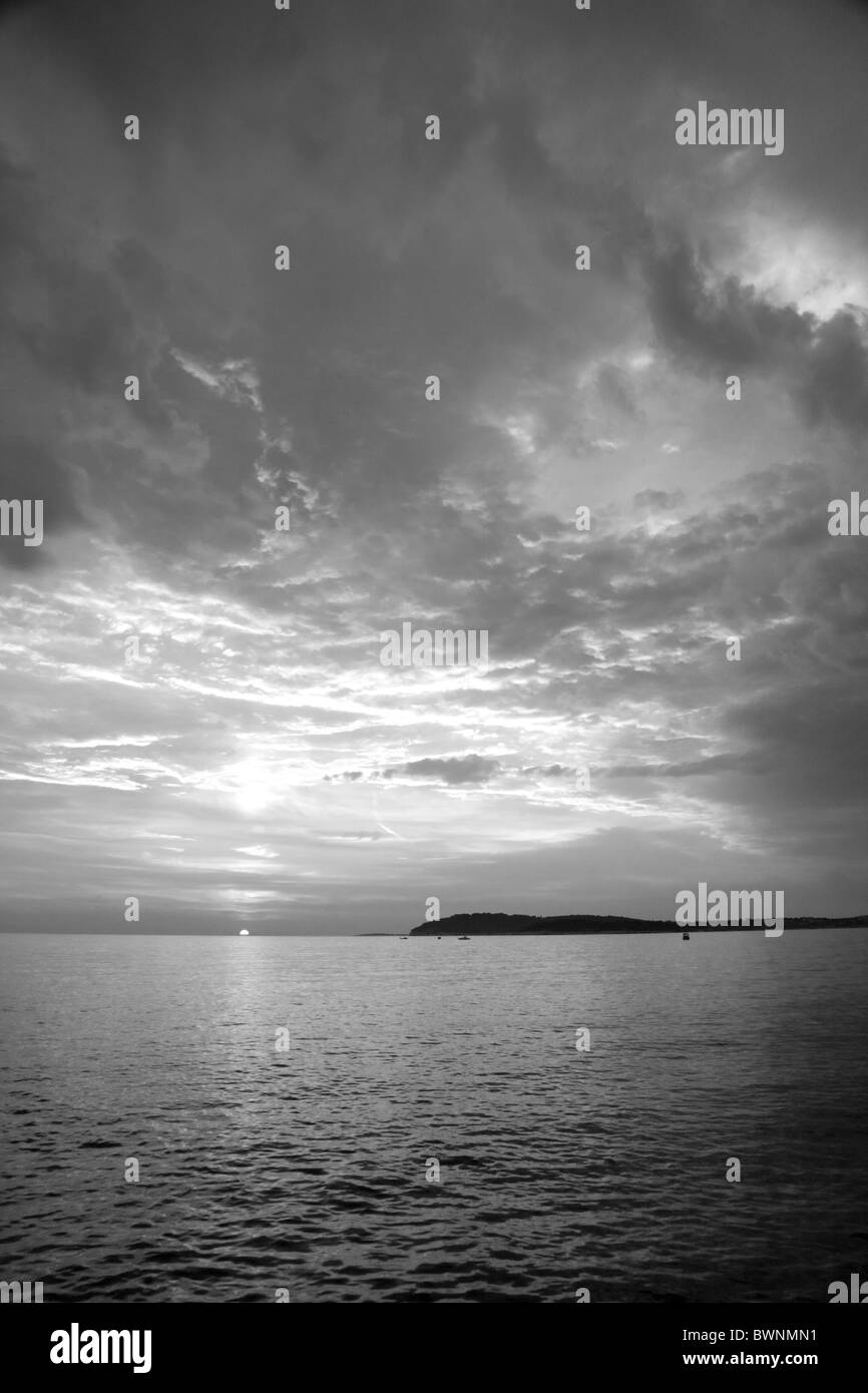 Verudela Beach, Pula, Croatia. The beautiful Istrian coastline and view from behind the Hotel Brioni at sunset. - Stock Image