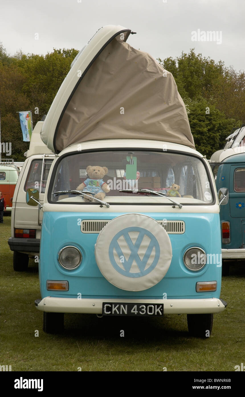 A Devon Bay Window Campervan, with pop up roof at Dubs In the Park, Bracknell - Stock Image