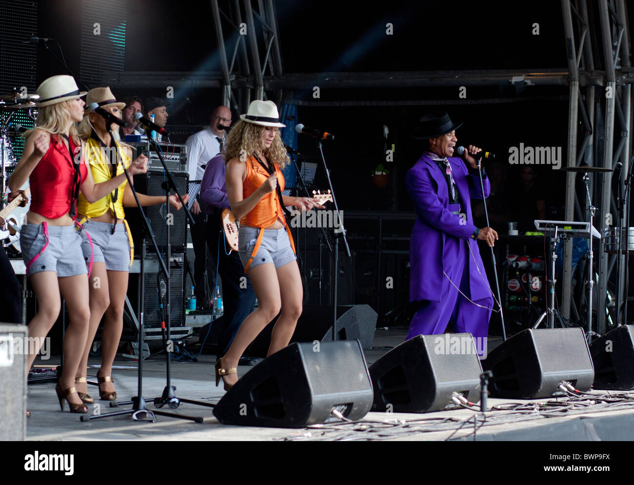 Kid Creole and the Coconuts - live on stage at Vintage at Goodwood 2010 - Stock Image