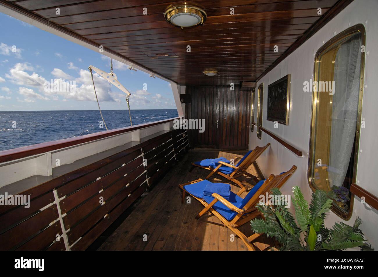 MS Royal Star Cruise ship Indian Ocean cruiser cruise liner water sea travel traveling vacation holidays ho Stock Photo