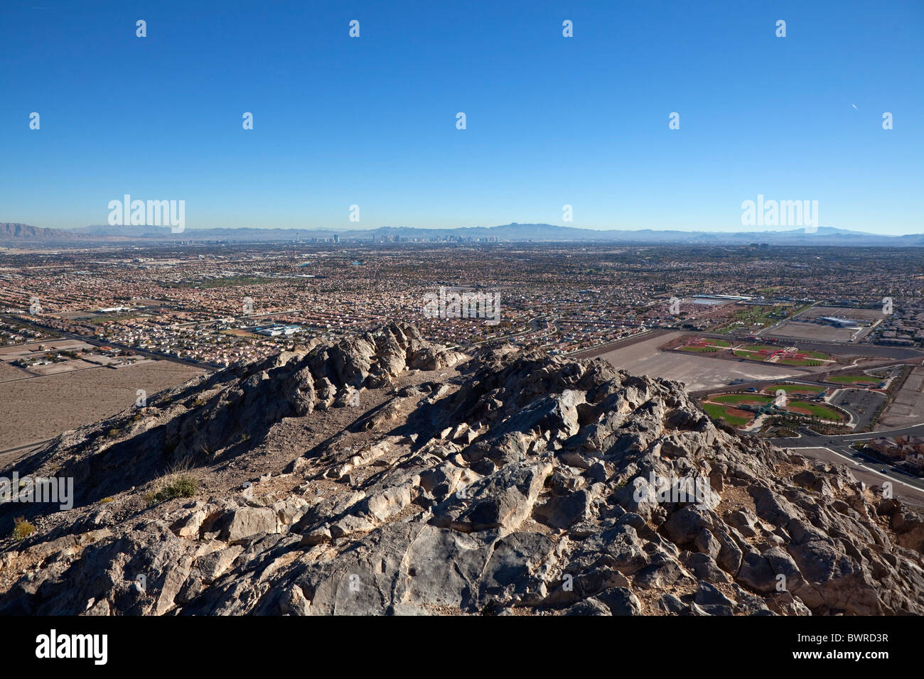 Desert housing sprawl halts as resale prices drop to 1996 levels. Shot from Lone Mtn Peak on November 26, 2010, Stock Photo
