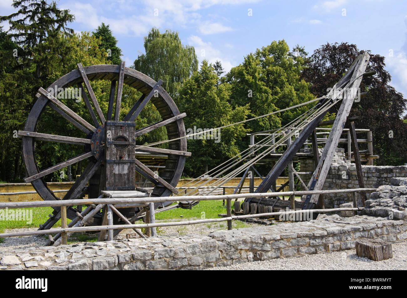 Roman building crane, Limes Museum Aalen, Baden-Wuerttemberg, Germany, Europe - Stock Image