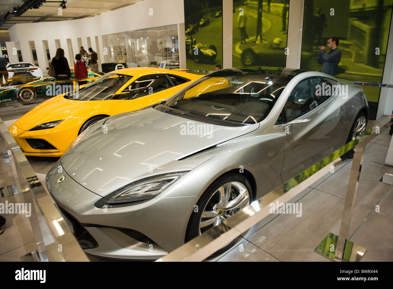 The Lotus Elan (yellow) and Elite (gray) concept cars at the 2010 LA ...