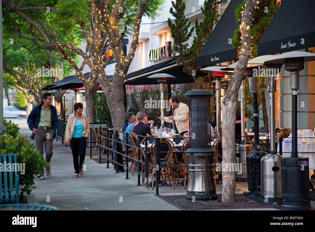 Outdoor bistros on Culver Boulevard, Culver City, Los Angeles, California, USA - Stock Image