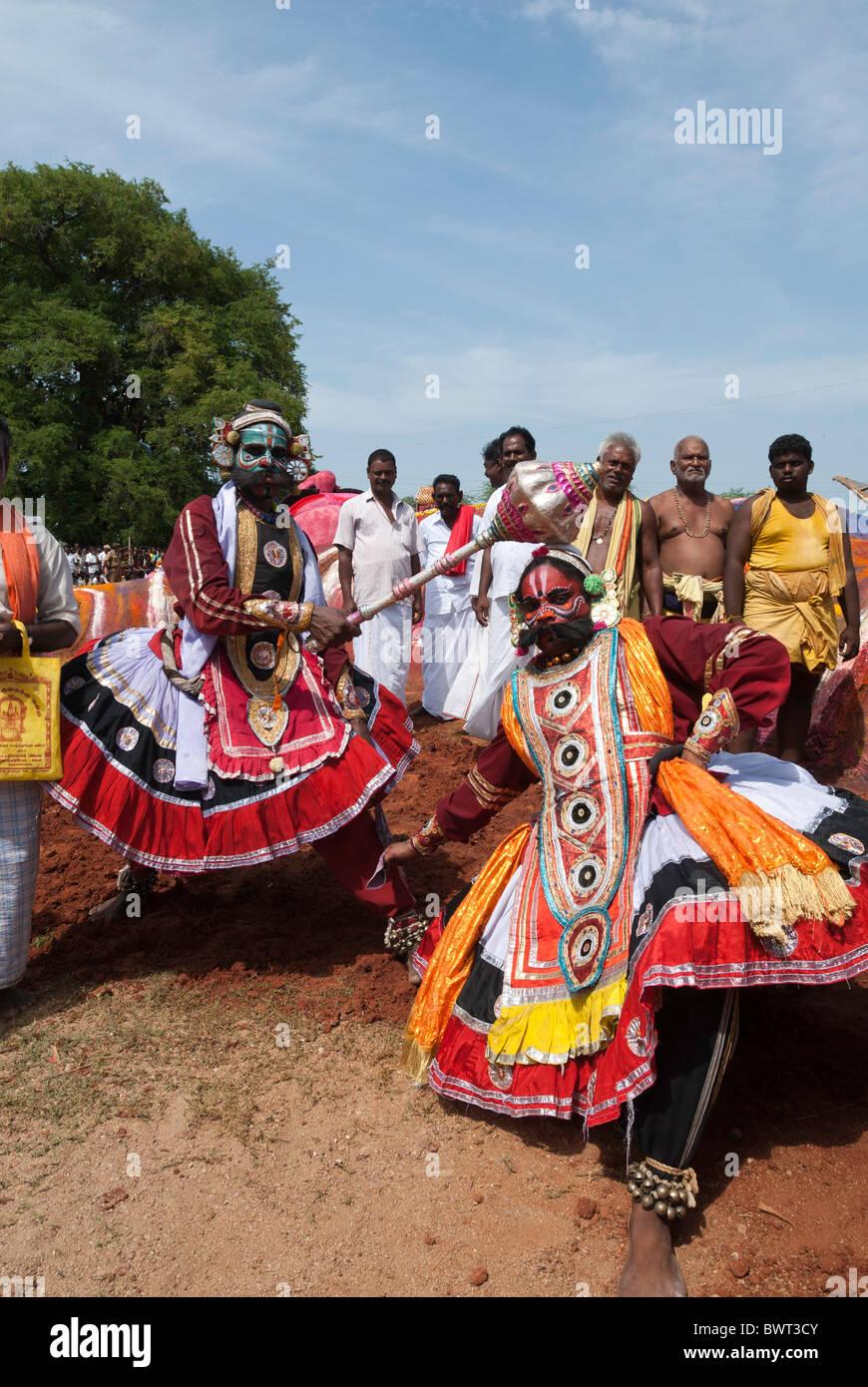 Bhima and Duryodhana on way to the battlefield. Patukalam festival at Sevelimedu in Kanchipuram, Tamil Nadu, South - Stock Image