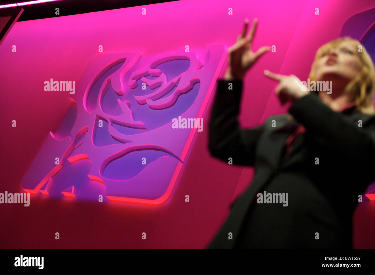 A sign language interpreter translates speeches during the Labour Party Conference in Manchester on 27 September - Stock Image