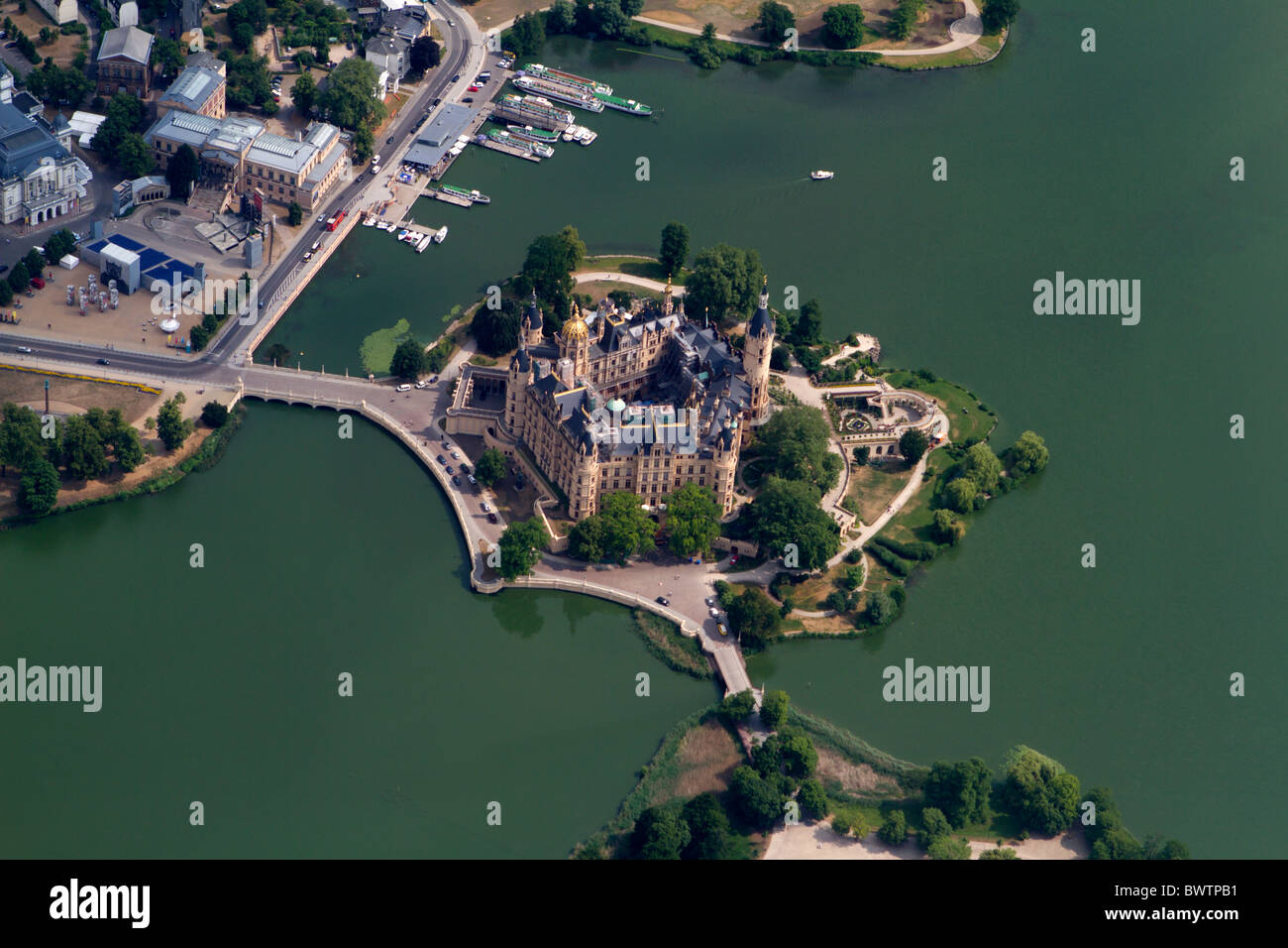 Aerial photograph of Schwerin Castle, Mecklenburg-Vorpommern, Germany Stock Photo