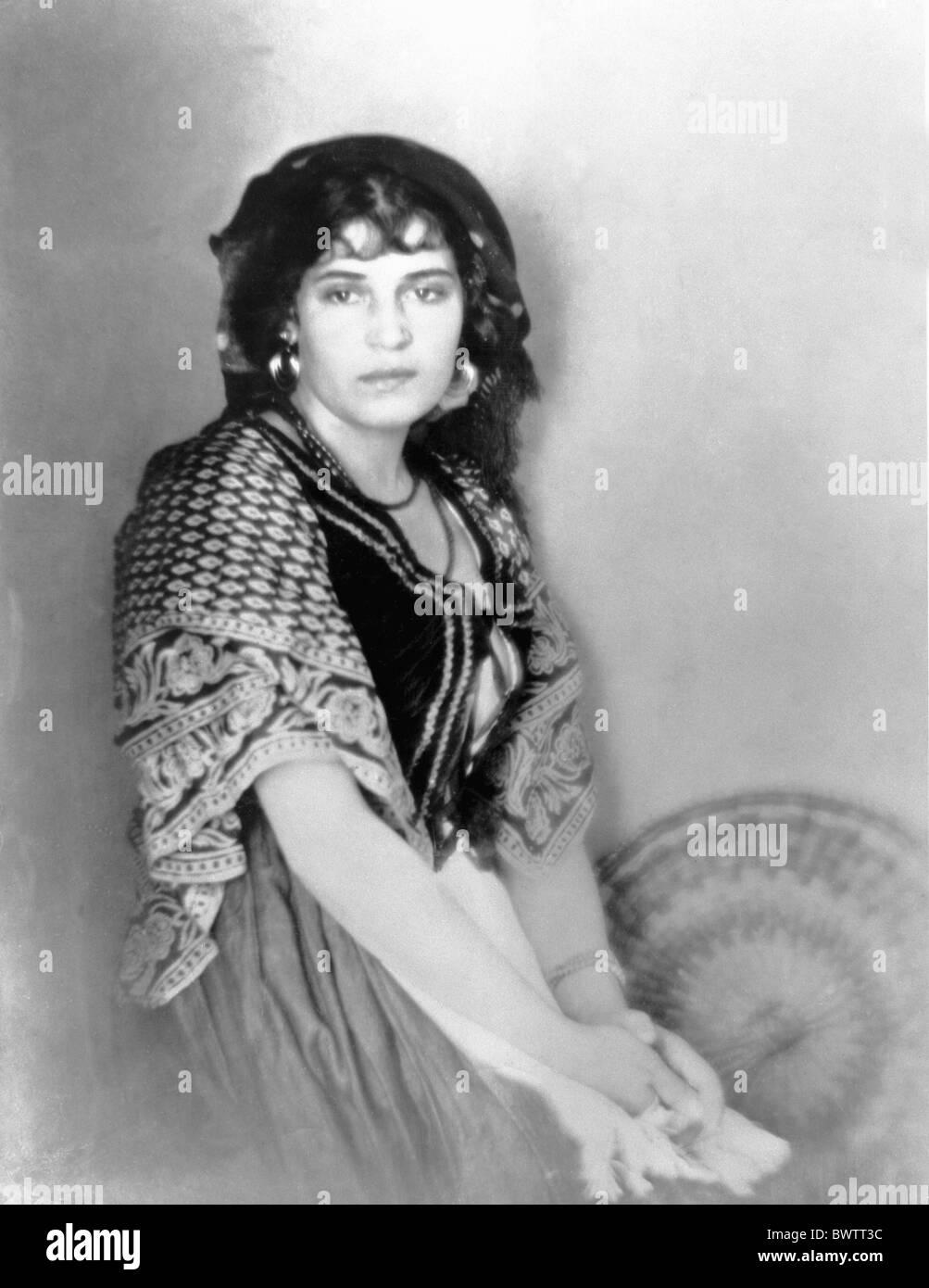 Tina Modotti artist portrait woman 1919 photography history historic historical culture art - Stock Image