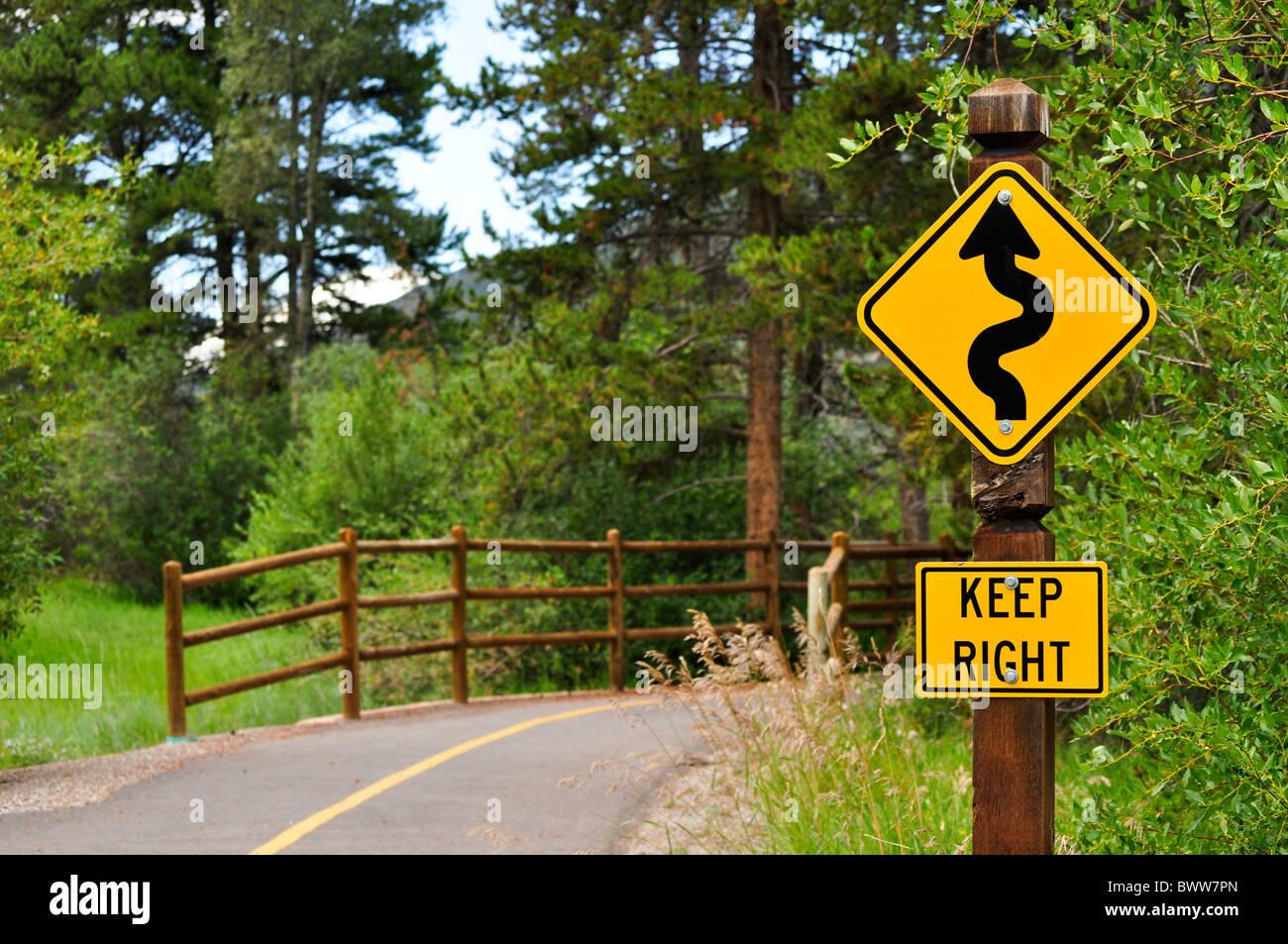 walking biking nature path trail bridge - Stock Image