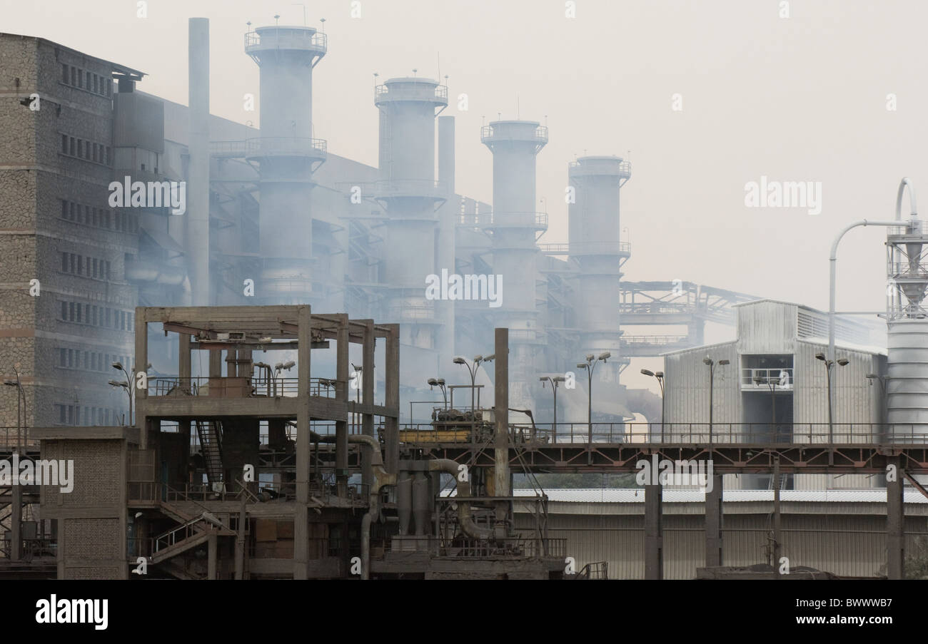 Ferrosilicon alloy production factory River Nile - Stock Image