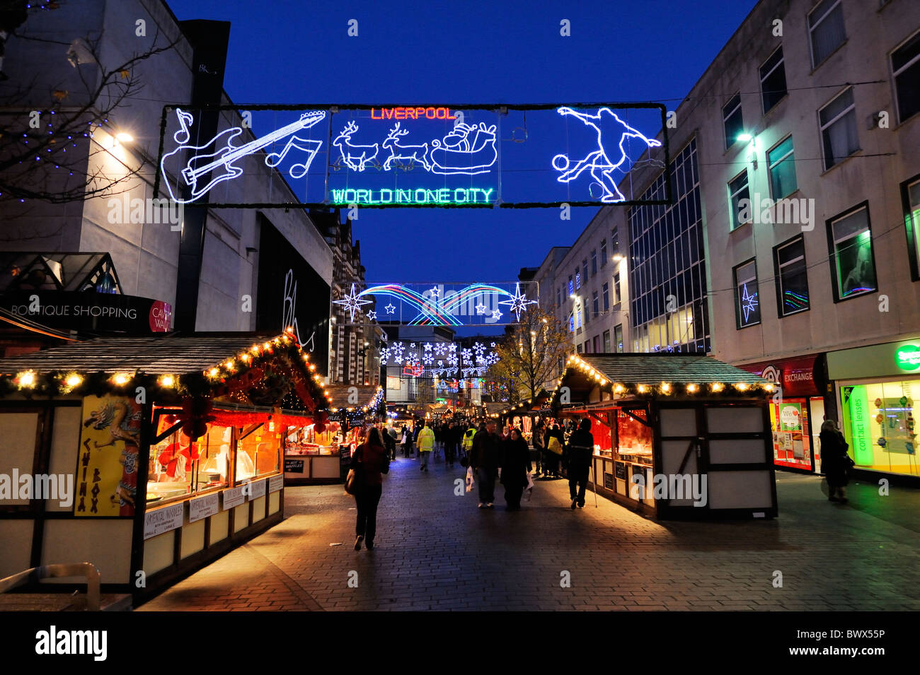 Christmas shoppers enjoying the European Market in Liverpool City Centre - Stock Image
