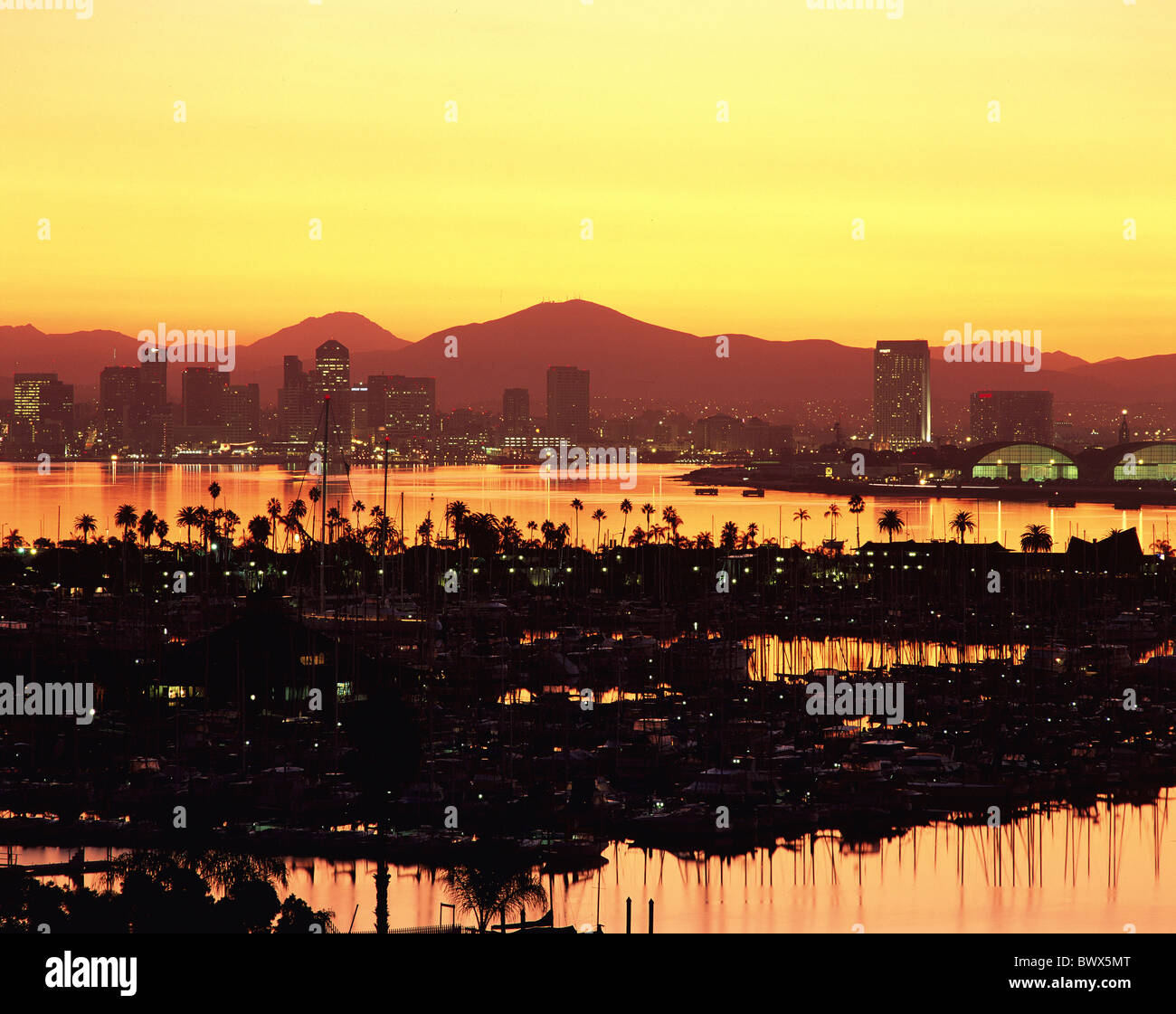 evening mood California California San Diego overview USA America North America yacht harbour - Stock Image