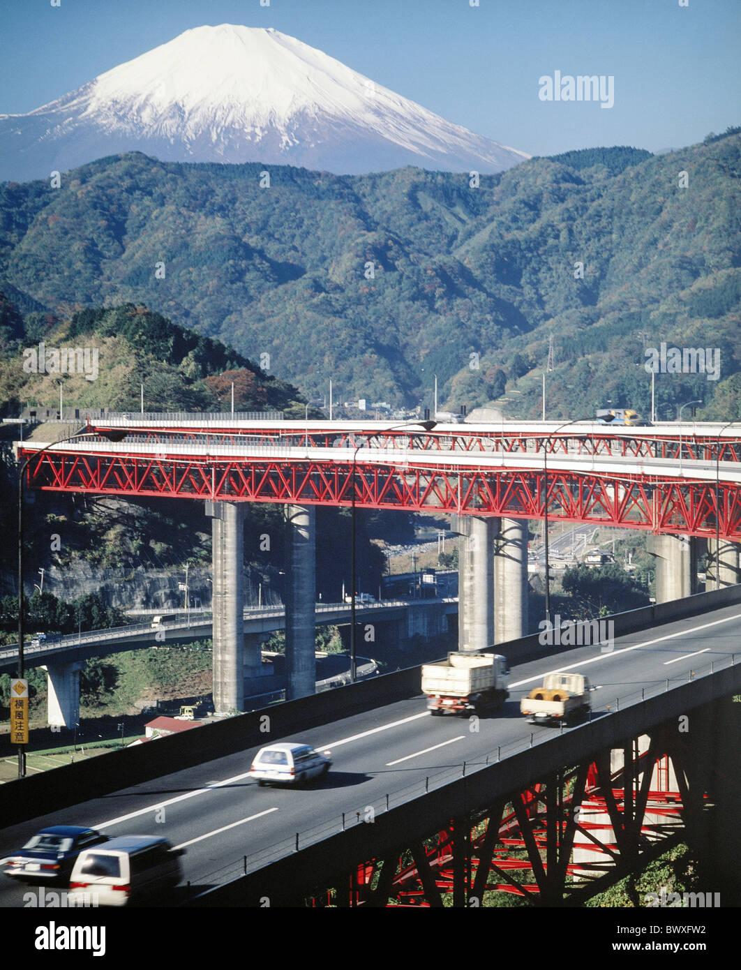 highway bridge Fujijama Fujisan Japan Asia snow Tomei traffic - Stock Image